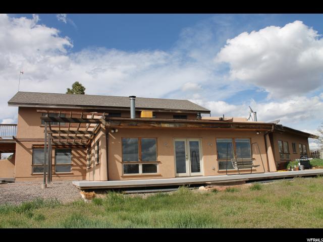单亲家庭 为 销售 在 59 W COUNTY RD 110 59 W COUNTY RD 110 Unit: 10 Monticello, 犹他州 84535 美国
