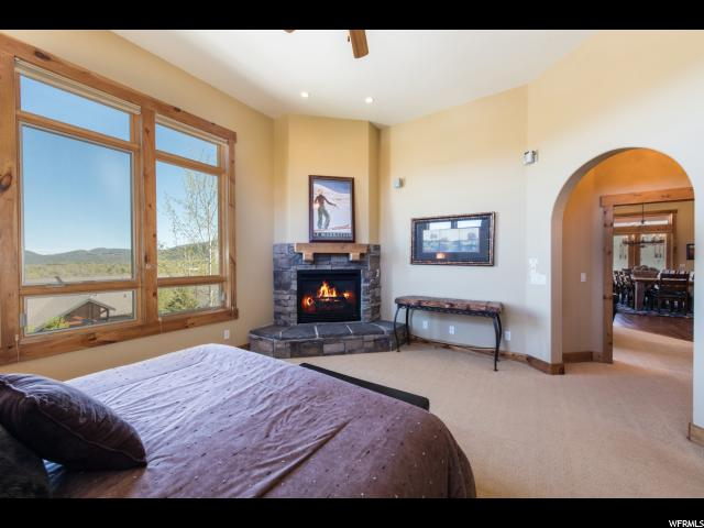 Additional photo for property listing at 5425 BOBSLED Boulevard 5425 BOBSLED Boulevard Unit: G Snyderville, Utah 84098 United States
