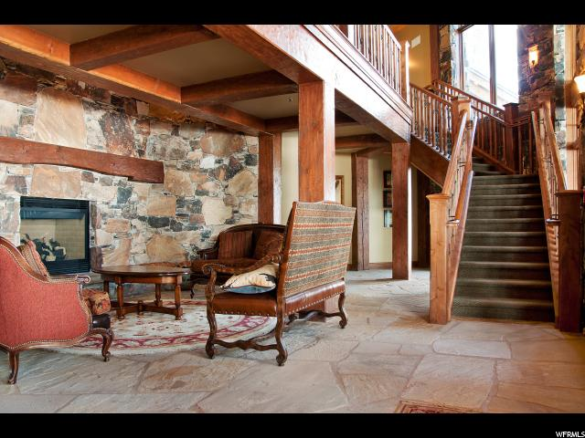 Additional photo for property listing at 8777 N MARSAC Avenue 8777 N MARSAC Avenue Unit: 302 Park City, Utah 84060 United States