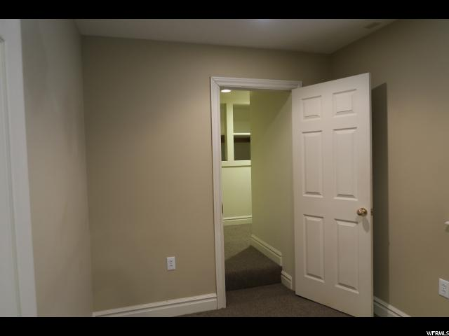 Additional photo for property listing at 2487 S 700 E  Salt Lake City, Utah 84106 Estados Unidos