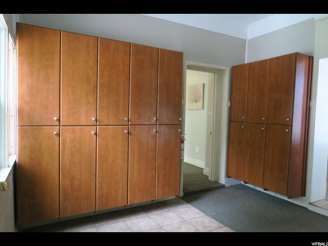 Additional photo for property listing at 2487 S 700 E  Salt Lake City, Utah 84106 États-Unis