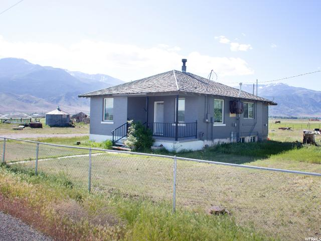 Additional photo for property listing at 480 E 1400 S  Elsinore, Utah 84724 États-Unis