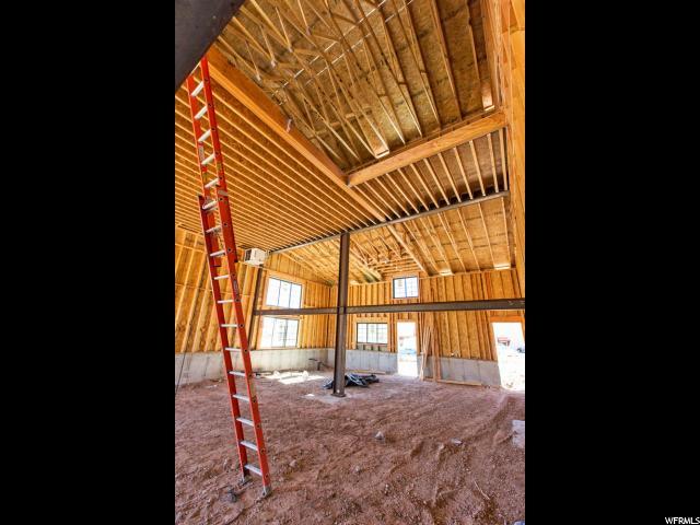Additional photo for property listing at 1200 W LORI Lane 1200 W LORI Lane Unit: C13 希伯城, 犹他州 84032 美国