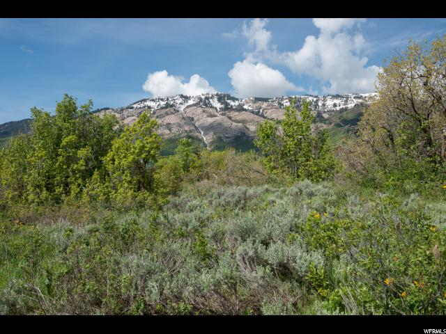 Additional photo for property listing at 2054 E 5950 N 2054 E 5950 N Liberty, Utah 84310 États-Unis