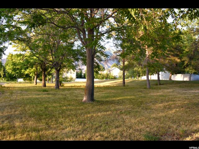 Additional photo for property listing at 15 N PLAZA Court 15 N PLAZA Court Stansbury Park, Utah 84074 États-Unis