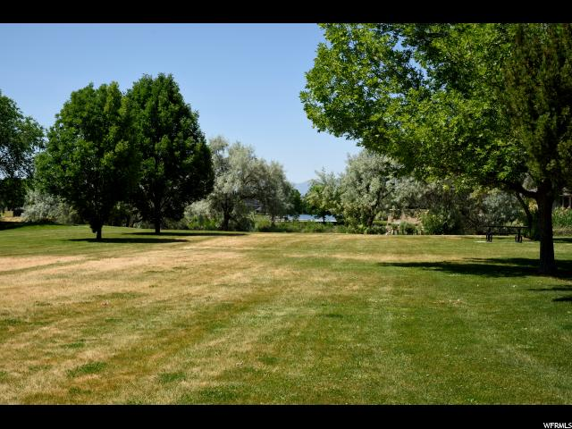 Additional photo for property listing at 22 N PLAZA Court 22 N PLAZA Court Stansbury Park, Utah 84074 États-Unis