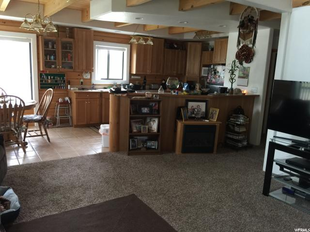 Additional photo for property listing at 463 N 200 W  Duchesne, Utah 84021 Estados Unidos