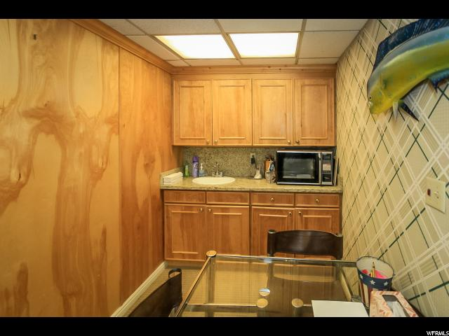 Additional photo for property listing at 4020 S 700 E 4020 S 700 E Unit: 3 Murray, Юта 84107 Соединенные Штаты