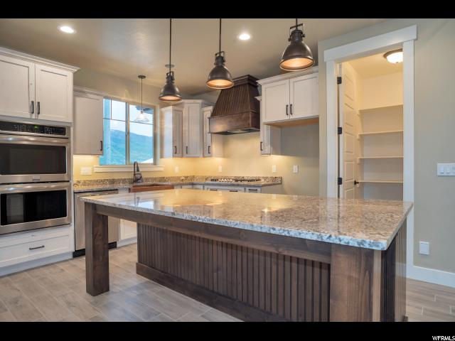 Additional photo for property listing at 6078 W COUNTRY APPLE Court 6078 W COUNTRY APPLE Court Unit: 102 West Valley City, Utah 84128 États-Unis