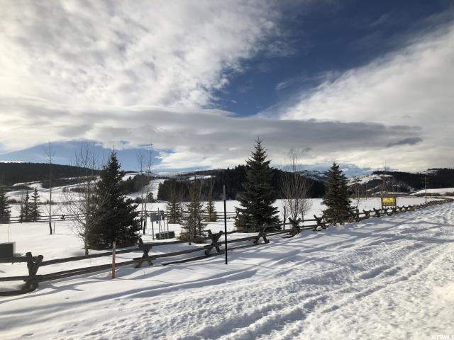 Additional photo for property listing at 48 GROUSE LOOP 48 GROUSE LOOP Wayan, Idaho 83285 États-Unis