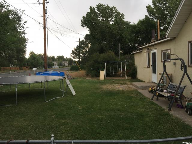 Additional photo for property listing at 1773 W 1500 N 1773 W 1500 N Maeser, Utah 84078 États-Unis