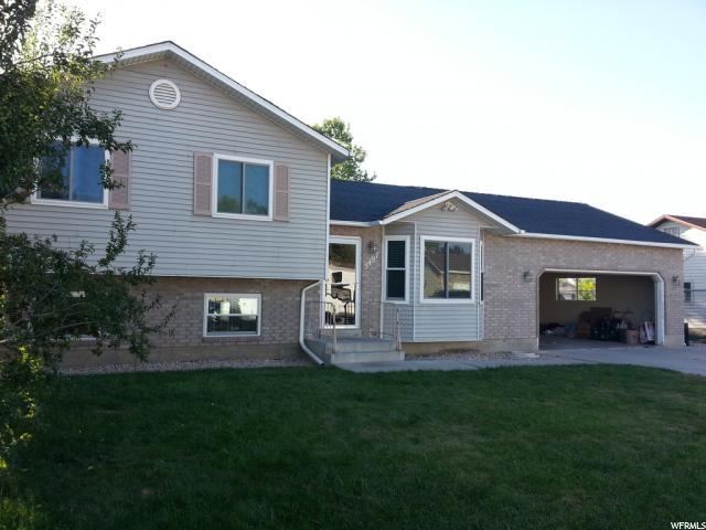 单亲家庭 为 销售 在 5497 S 3800 W Roy, 犹他州 84067 美国