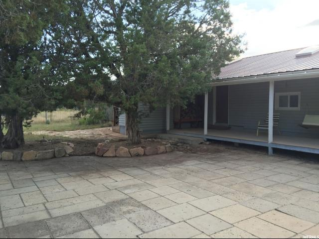 Additional photo for property listing at 45501 W AIRPORT Road 45501 W AIRPORT RD Unit: 40 Fruitland, Utah 84027 Estados Unidos