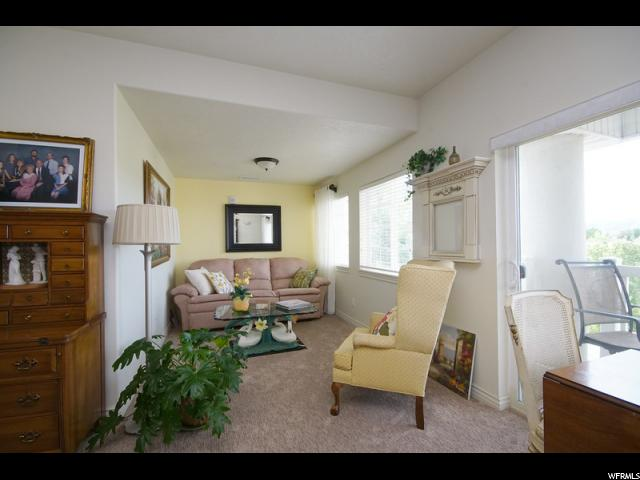 Additional photo for property listing at 11085 S GRAPE ARBOR Place 11085 S GRAPE ARBOR Place Unit: 202 桑迪, 犹他州 84070 美国