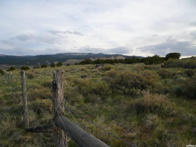 Additional photo for property listing at 355 N TEASDALE BENCH Drive  Teasdale, Utah 84773 United States