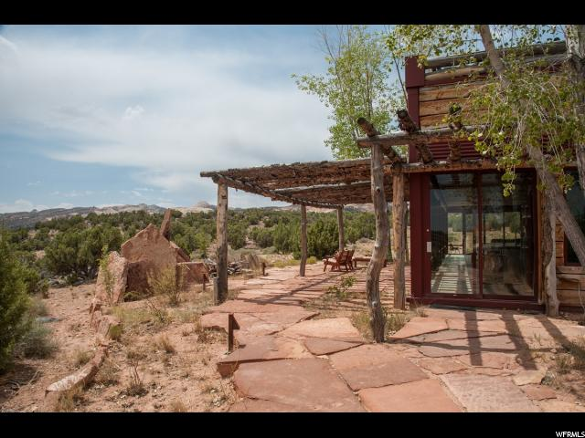 Additional photo for property listing at 5207 S NOTOM BENCH Road  Torrey, Utah 84775 United States