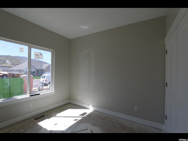 Additional photo for property listing at 145 E 880 S 145 E 880 S Unit: 30 Santaquin, Utah 84655 United States