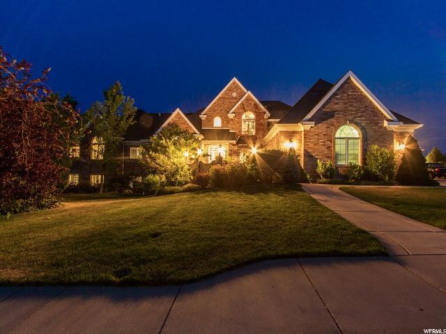 单亲家庭 为 销售 在 1976 E DEERE VIEW Drive Layton, 犹他州 84040 美国