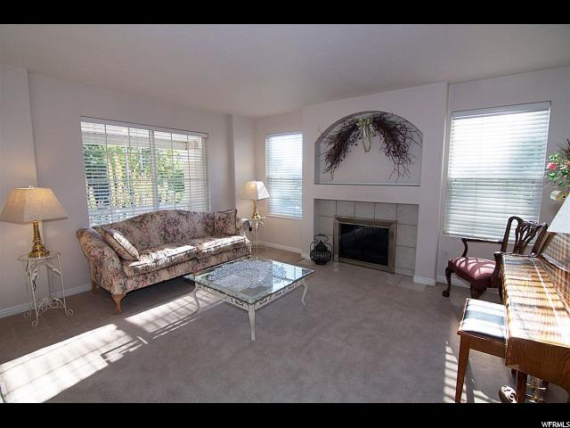 Additional photo for property listing at 1009 E 500 S  Bountiful, Utah 84010 États-Unis