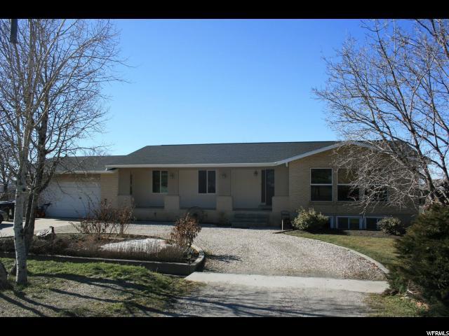 单亲家庭 为 销售 在 1107 N MAIN Street Willard, 犹他州 84340 美国