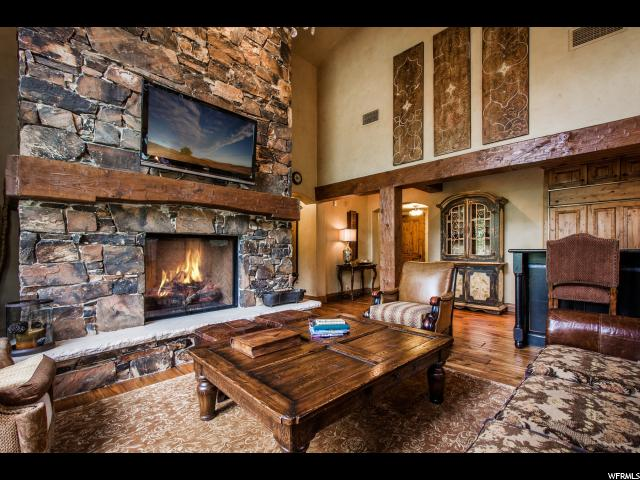 Additional photo for property listing at 8777 MARSAC Avenue 8777 MARSAC Avenue Unit: 405 Park City, Utah 84060 United States