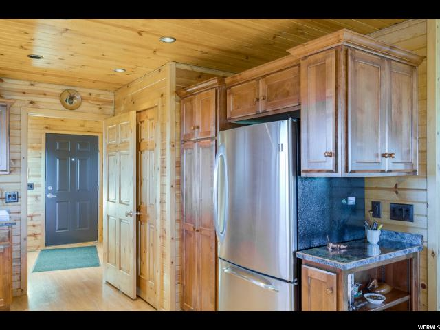 Additional photo for property listing at 2 MYTOGE MOUNTAIN Road 2 MYTOGE MOUNTAIN Road Fish Lake, Юта 84701 Соединенные Штаты
