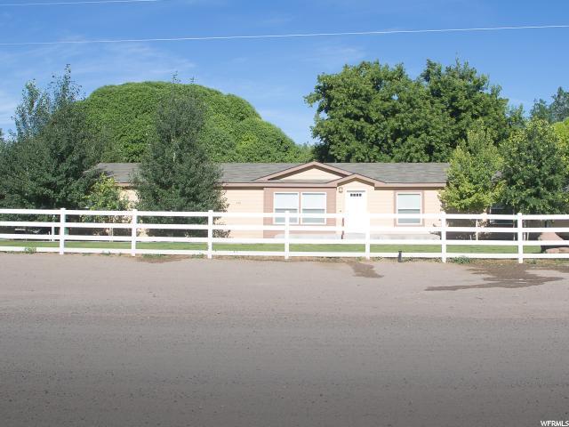 单亲家庭 为 销售 在 433 N 100 E Monroe, 犹他州 84754 美国