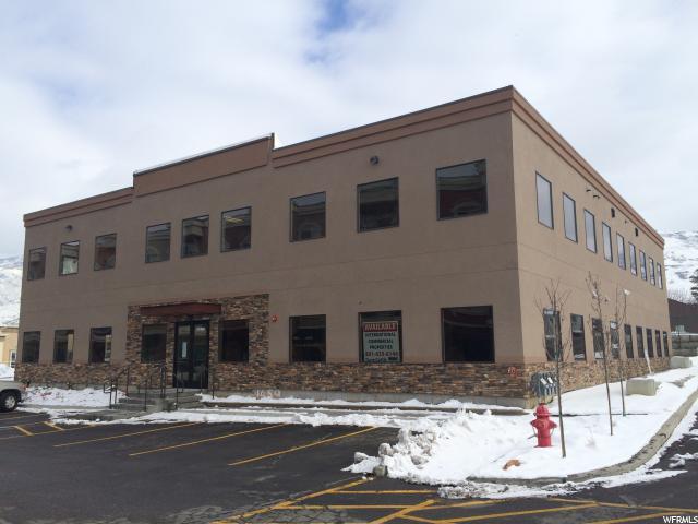 Commercial pour l Vente à 1459 N MAIN Street Bountiful, Utah 84010 États-Unis