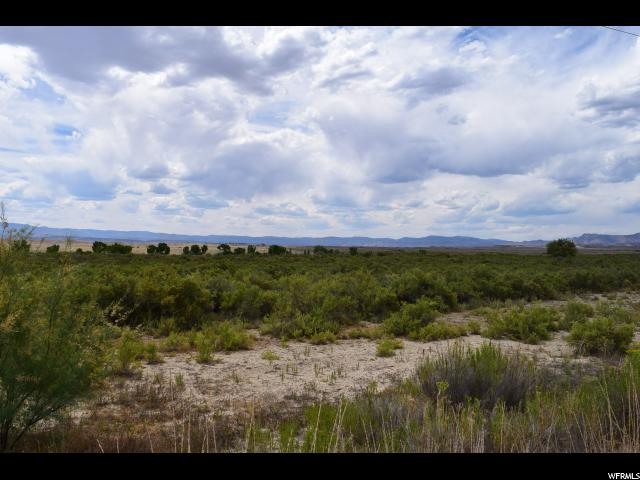 Terreno por un Venta en 3400 S COAL CREEK Road 3400 S COAL CREEK Road Wellington, Utah 84542 Estados Unidos