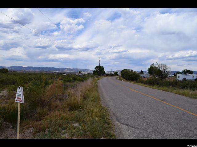 Additional photo for property listing at 3400 S COAL CREEK Road 3400 S COAL CREEK Road Wellington, Utah 84542 Estados Unidos