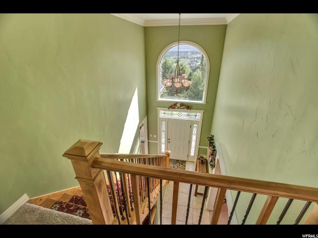 Additional photo for property listing at 9398 N CANYON HEIGHTS Drive 9398 N CANYON HEIGHTS Drive Cedar Hills, Utah 84062 États-Unis