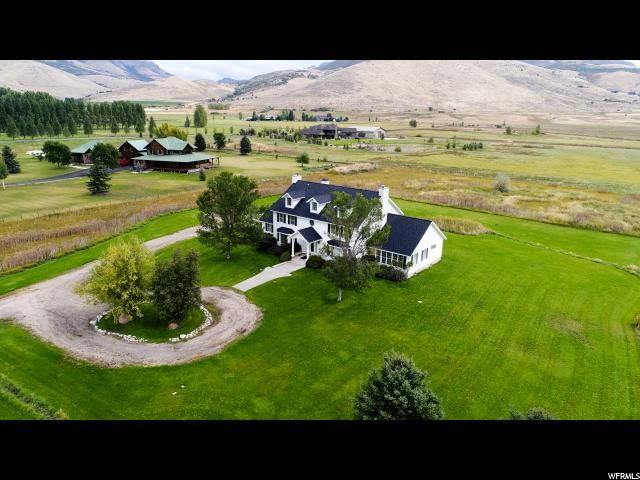 Single Family للـ Sale في 872 N 7800 E 872 N 7800 E Unit: 4 Huntsville, Utah 84317 United States