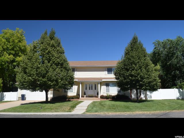 Unique la famille pour l Vente à 123 S 200 E Parowan, Utah 84761 États-Unis