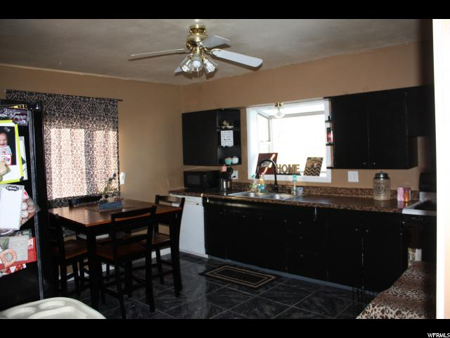 Additional photo for property listing at 823 S 400 E  Price, 犹他州 84501 美国