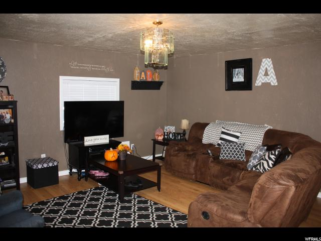 Additional photo for property listing at 823 S 400 E  Price, Utah 84501 États-Unis