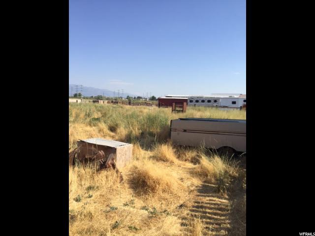 土地 为 销售 在 1508 S 3500 W Street West Weber, 犹他州 84401 美国