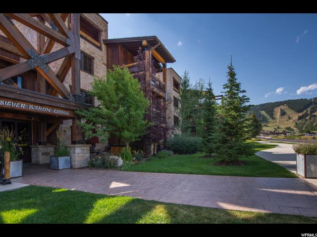 Appartement en copropriété pour l Vente à 2880 E DEER VALLEY Drive 2880 E DEER VALLEY Drive Unit: 6123 Deer Valley, Utah 84060 États-Unis
