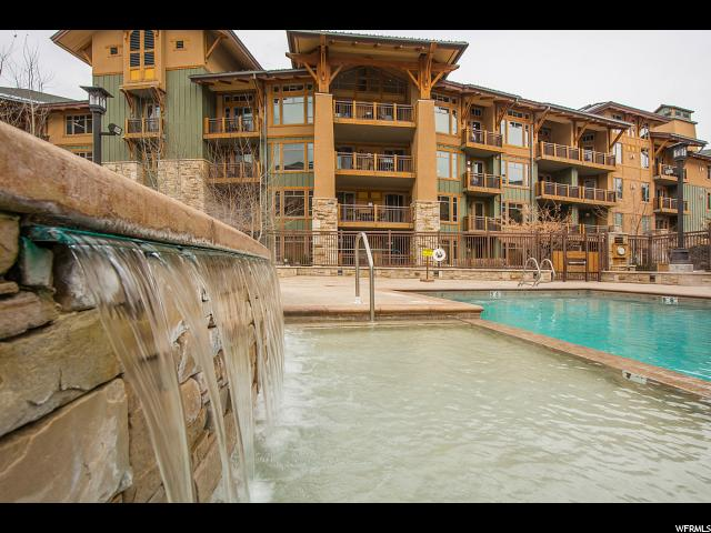 Additional photo for property listing at 3551 N ESCALA COUR 3551 N ESCALA COUR Unit: 401 Park City, Utah 84098 Estados Unidos