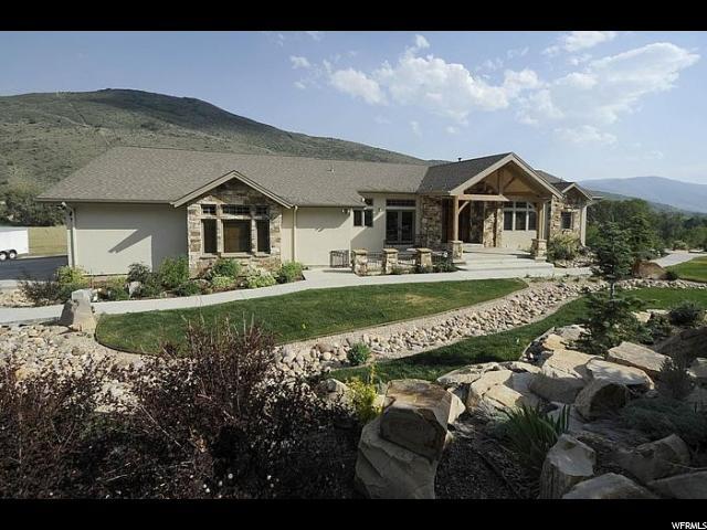 Unique la famille pour l Vente à 1980 E CHALK CREEK Road Coalville, Utah 84017 États-Unis