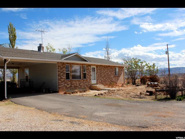Unique la famille pour l Vente à 3410 W HIGHWAY 50 S HWY Salina, Utah 84654 États-Unis
