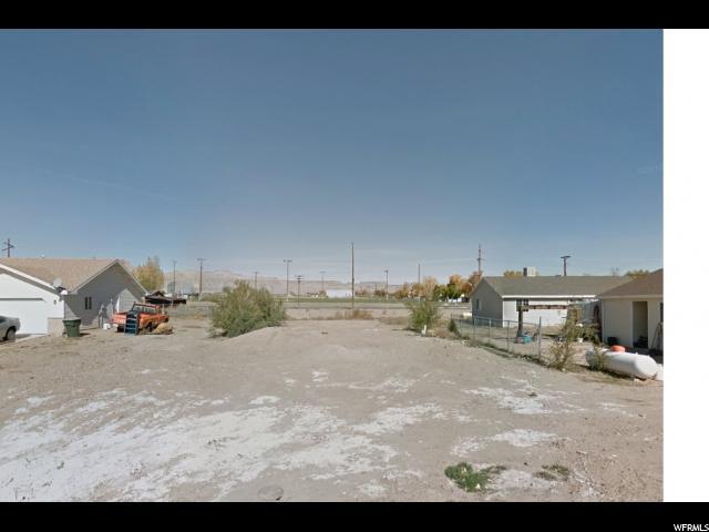 土地 为 销售 在 25 W COTTONWOOD Green River, 犹他州 84525 美国