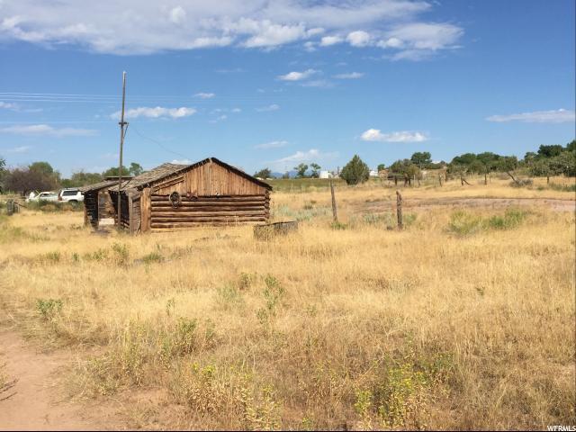 Terrain pour l Vente à 1820 N 12000 W Bluebell, Utah 84007 États-Unis
