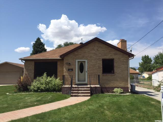 Unique la famille pour l Vente à 247 N 100 E Salina, Utah 84654 États-Unis