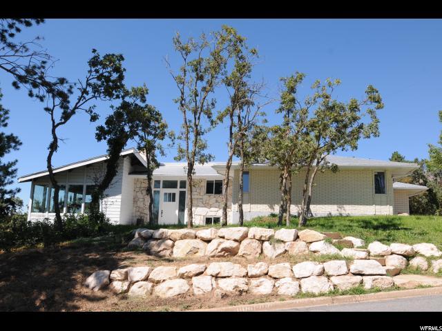 单亲家庭 为 销售 在 1365 E OAKMONT Lane Fruit Heights, 犹他州 84037 美国