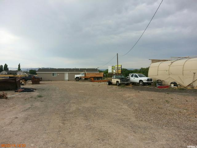 Additional photo for property listing at 2330 E HWY 40 2330 E HWY 40 Naples, Utah 84078 Estados Unidos