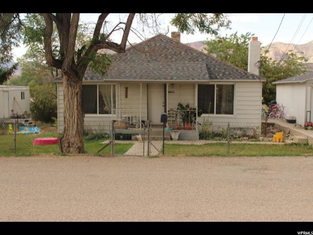 Unique la famille pour l Vente à 1588 W 4100 N Spring Glen, Utah 84526 États-Unis
