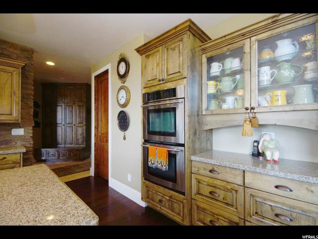 2318 E MERCER POINT CIR Draper (Ut Cnty), UT 84020 - MLS #: 1406138