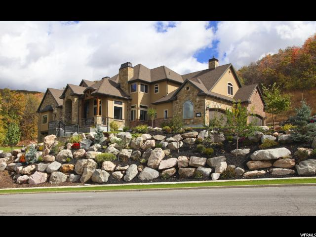 Unifamiliar por un Venta en 4297 SUMMERWOOD Drive Bountiful, Utah 84010 Estados Unidos
