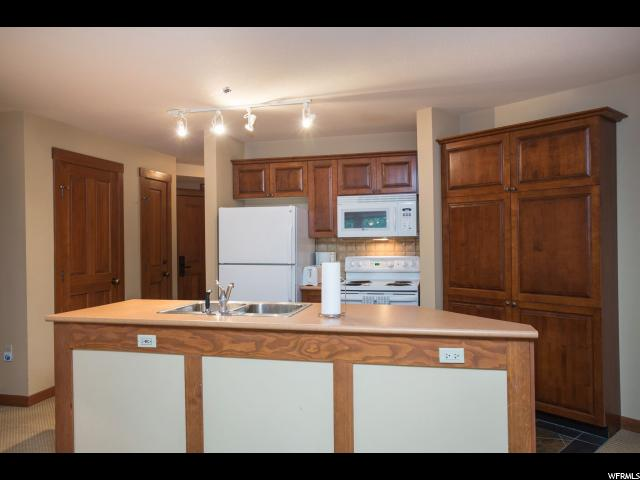 12090 E BIG COTTONWOOD CANYON BIG COTTONWOOD CANYON Unit 205 Solitude, UT 84121 - MLS #: 1406336