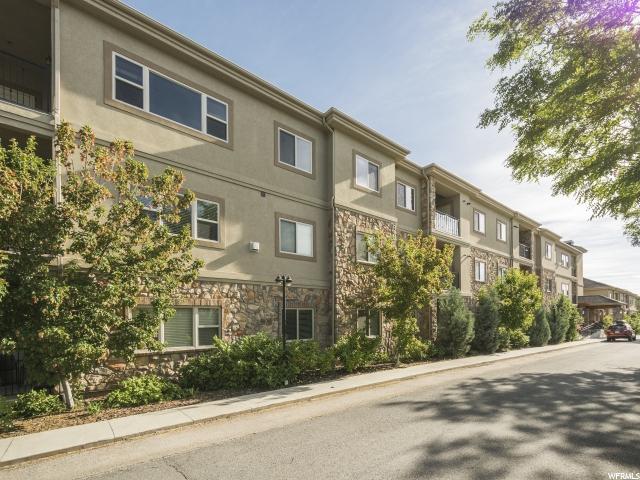 Additional photo for property listing at 2011 S 2100 E 2011 S 2100 E Unit: 200 Salt Lake City, Юта 84108 Соединенные Штаты